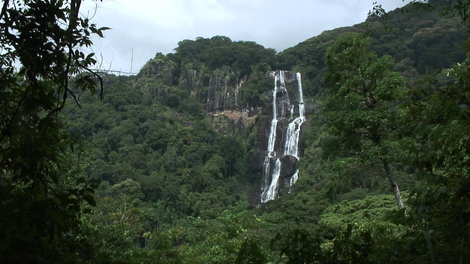 Sanje Waterfalls